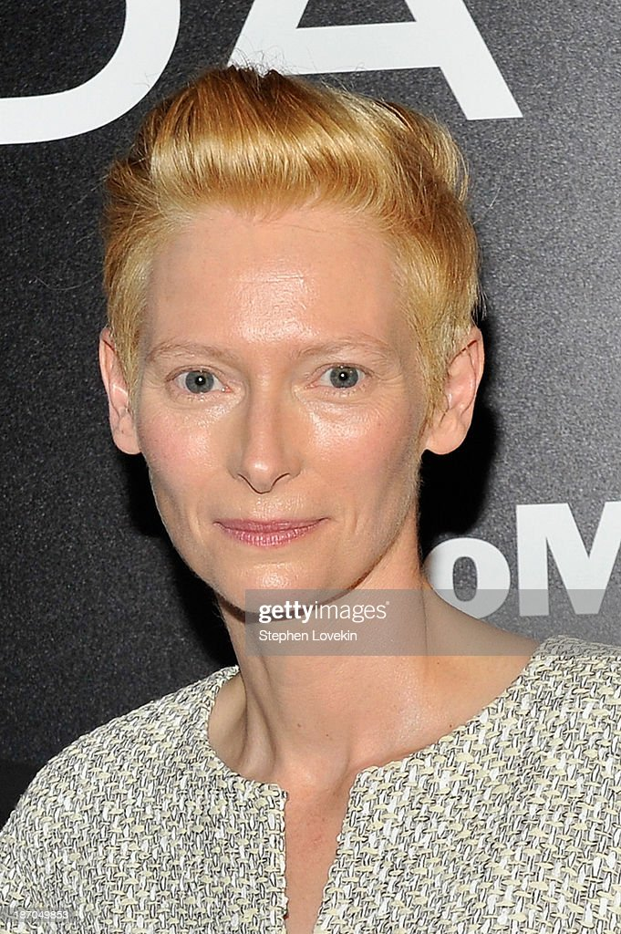 Actress Tilda Swinton attends The Museum of Modern Art Film Benefit: A Tribute to Tilda Swinton reception at Museum of Modern Art on November 5, 2013 in New York City.