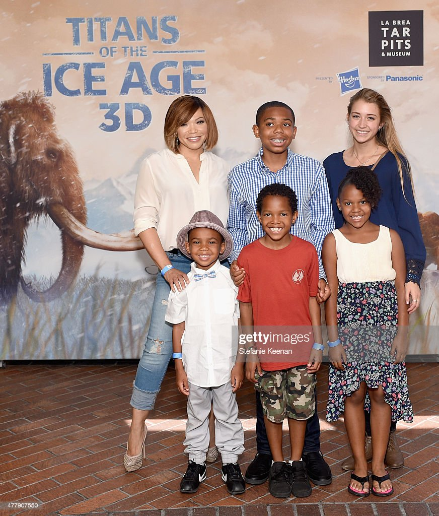 Titans of the Ice Age Premiere - La Brea Tar Pits And Museum : News Photo