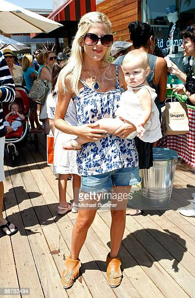 Actress Tori Spelling and daughter Stella Doreen McDermott attend the EB Medical Research Foundation picnic presented by Sinupret for Kids and Yogen...