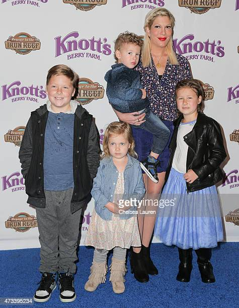 Actress Tori Spelling and her children Liam Aaron McDermott Hattie Margaret McDermott Finn Davey McDermott and Stella Doreen McDermott attend the...