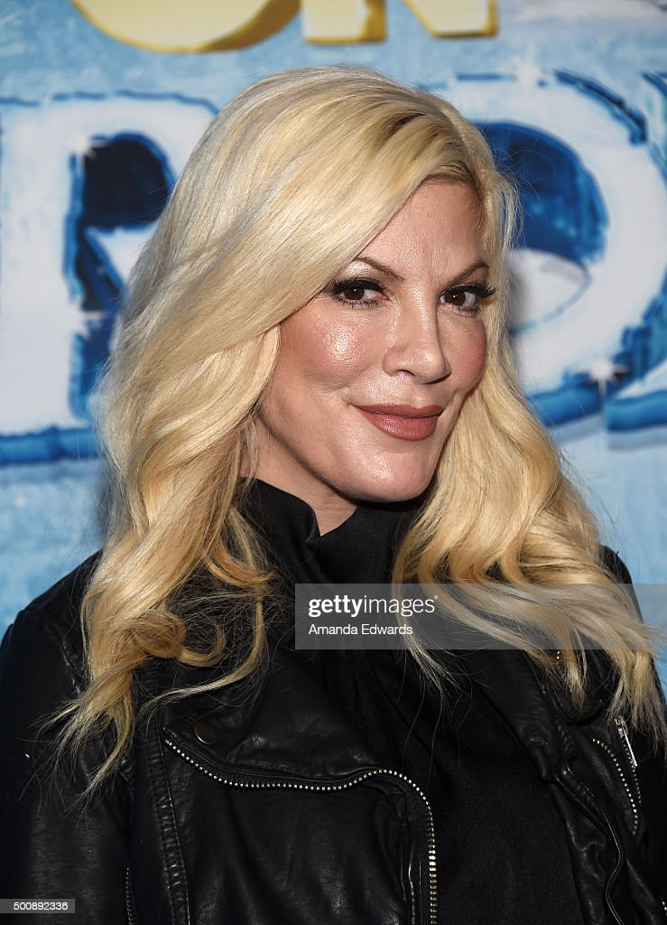 Actress Tori Spelling arrives at the premiere of Disney On Ice's 'Frozen' at Staples Center on December 10, 2015 in Los Angeles, California.