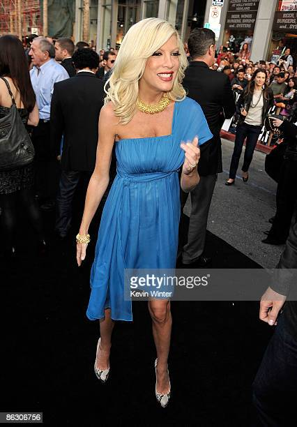 Actress Tori Spelling arrives on the red carpet of the Los Angeles premiere of Star Trek at the Grauman's Chinese Theatre on April 30 2009 in...