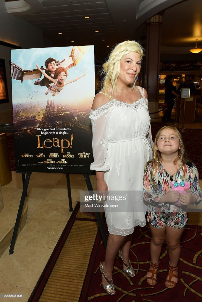 Actress Tori Spelling attends the Weinstein Company's 'LEAP!' at The Grove on August 19, 2017 in Los Angeles, California.