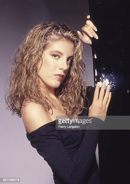 Actress Tori Spelling poses for a portrait in 1990 in Los Angeles California
