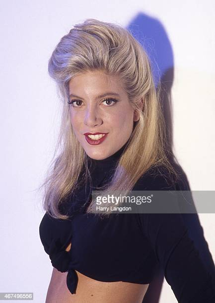 tori spelling photos et images de collection getty images Camo Monster Energy Logo Monster Energy Logo Stencil