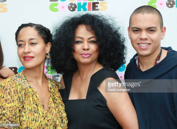 Actress Tracee Ellis Ross recording artist Diana Ross and actor Evan Ross attend the grand opening of Books and Cookies on May 14 2011 in Santa...