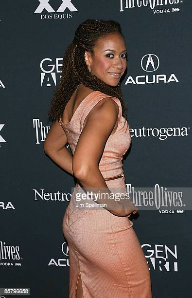 Actress Tracie Thoms attends the premiere of 'Peter Vandy' during the 14th annual Gen Art Film Festival presented by Acura at the Visual Arts Theater...