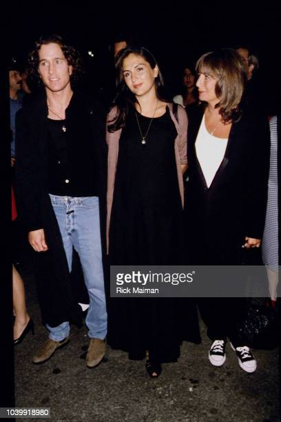 Actress Tracy Reiner with her husband and mother director Penny Marshall at the A League of Their Own film premiere directed by her mother Penny...