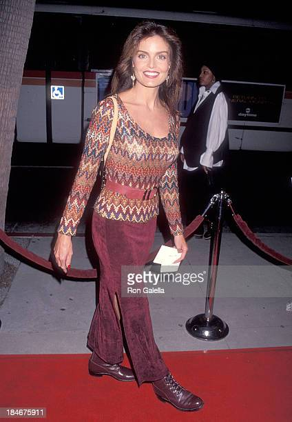 Actress Tracy Scoggins attends the 'Mrs Doubtfire' Beverly Hills Premiere on November 22 1993 at the Mann Village Theatre in Westwood California