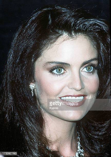 Actress Tracy Scoggins circa 1988