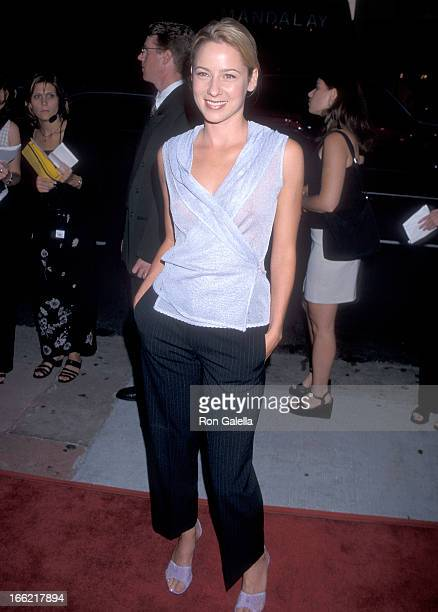 Actress Traylor Howard attends the Rounders Hollywood Premiere on August 25 1998 at Loews Cineplex Showcase La Brea in Hollywood California