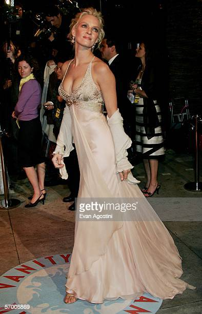 Actress Uma Thurman arrives at the Vanity Fair Oscar Party at Mortons on March 5, 2006 in West Hollywood, California.