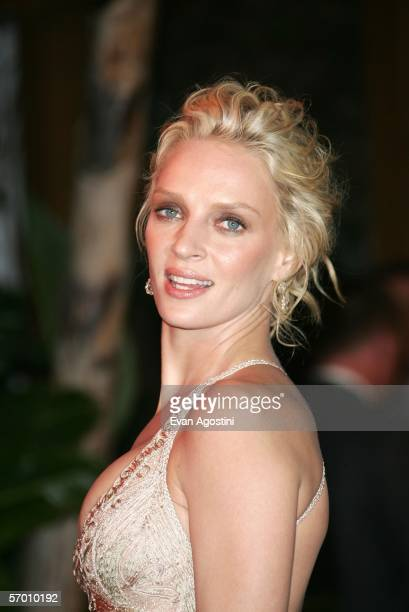 Actress Uma Thurman arrives at the Vanity Fair Oscar Party at Mortons on March 5 2006 in West Hollywood California
