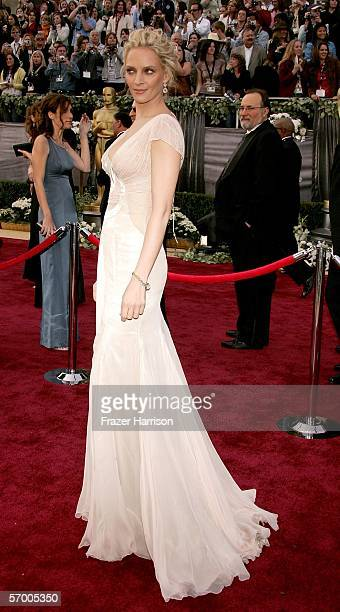 Actress Uma Thurman arrives to the 78th Annual Academy Awards at the Kodak Theatre on March 5 2006 in Hollywood California