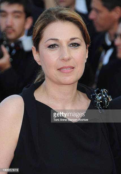 Actress Valerie Benguigui attends the 'Broken Embraces' Premiere at the Grand Theatre Lumiere during the 62nd Annual Cannes Film Festival on May 19...