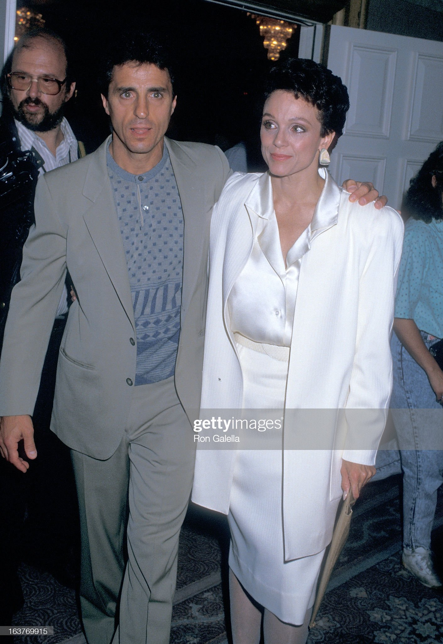 actress-valerie-harper-and-husband-tony-cacciotti-attend-valerie-picture-id163769915