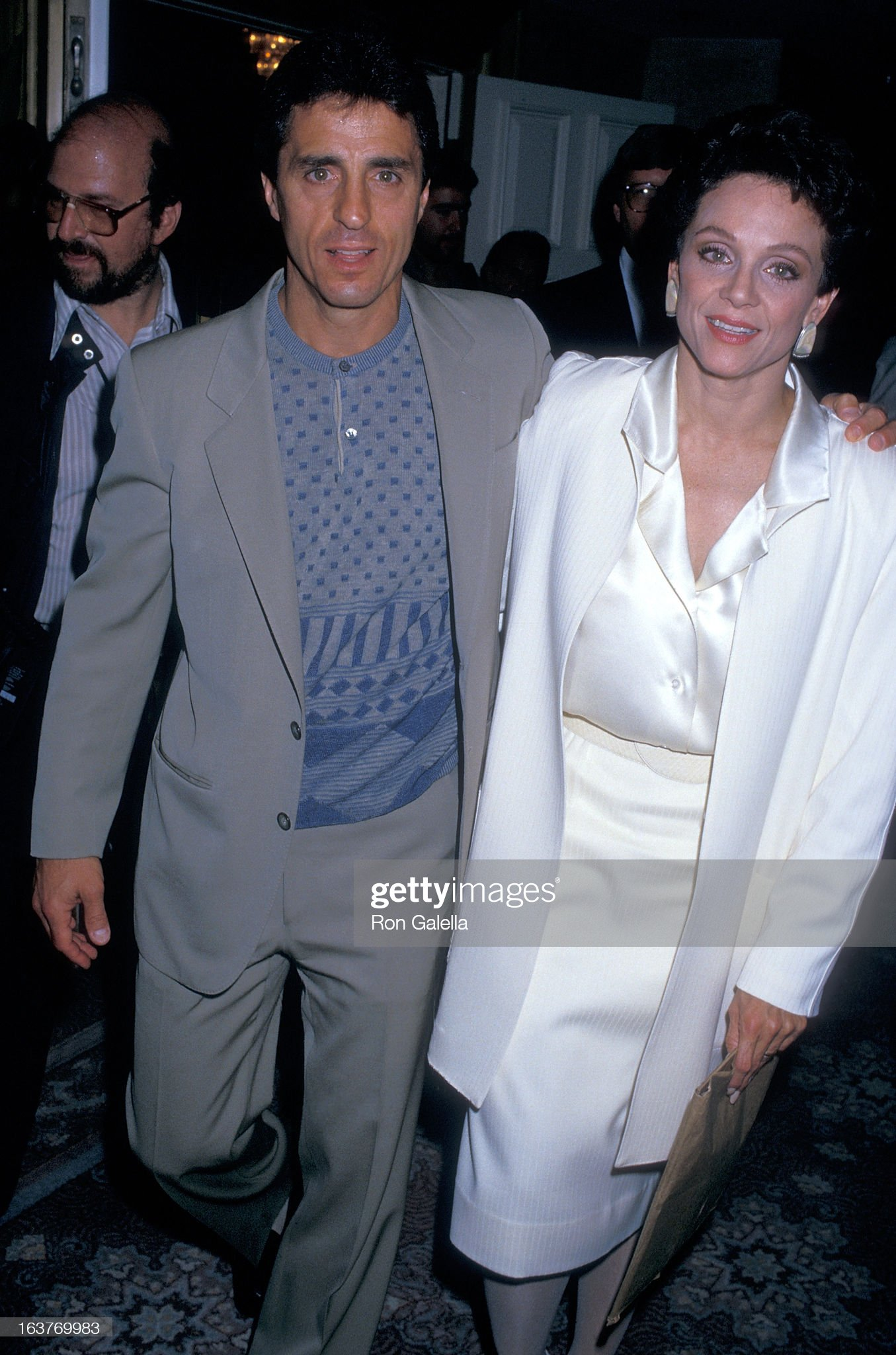 actress-valerie-harper-and-husband-tony-cacciotti-attend-valerie-picture-id163769983