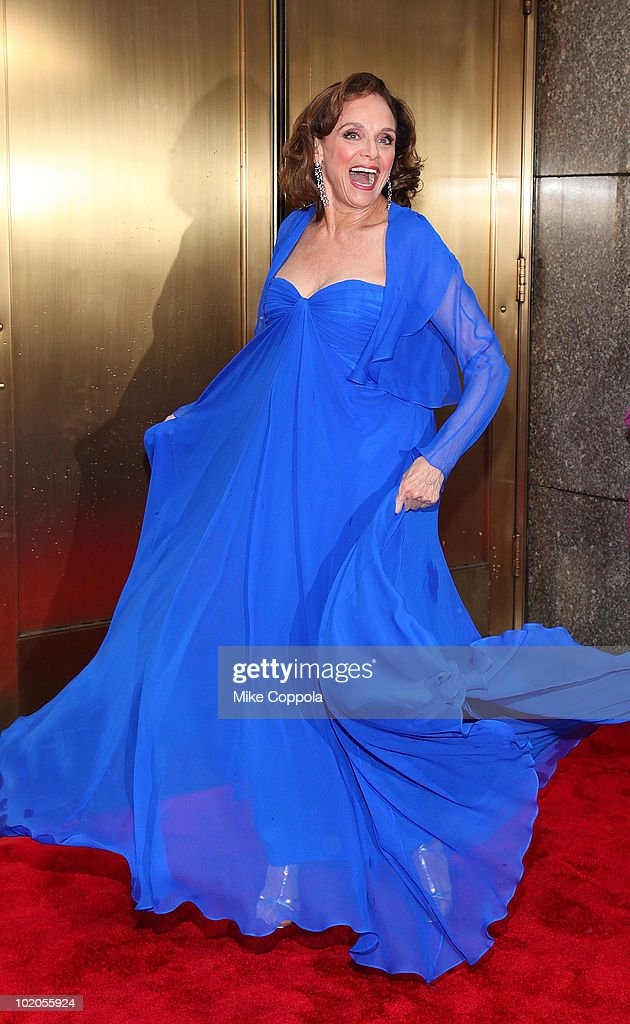 Actress Valerie Harper attends the 64th Annual Tony Awards at Radio City Music Hall on June 13, 2010 in New York City.