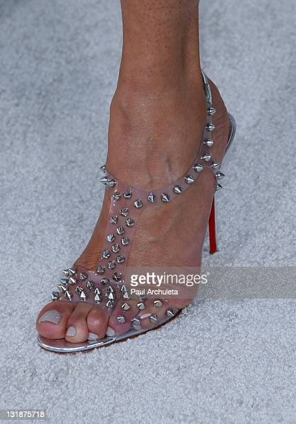 Actress Valerie Pettiford arrives at the 'Jumping The Broom' Los Angeles premiere at ArcLight Cinemas Cinerama Dome on May 4 2011 in Hollywood...