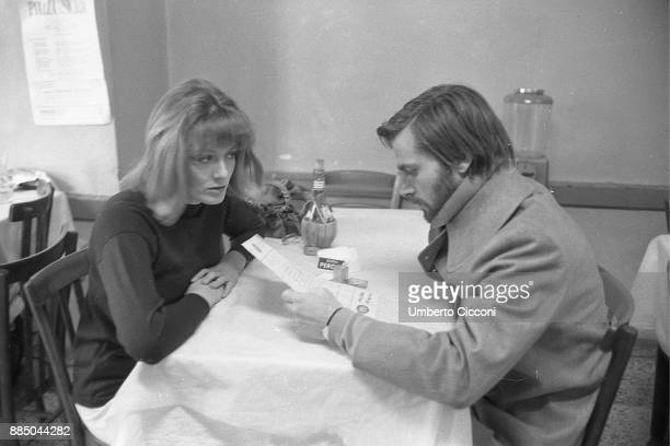 Actress Vanessa Redgrave with actor Franco Nero at the restaurant Rome 1968
