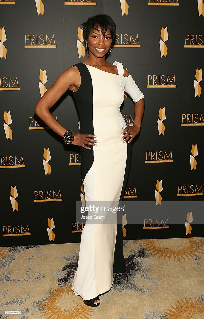 Actress Vanessa Williams arrives to the 14th Annual Prism Awards at the Beverly Hills Hotel on April 22, 2010 in Beverly Hills, California.