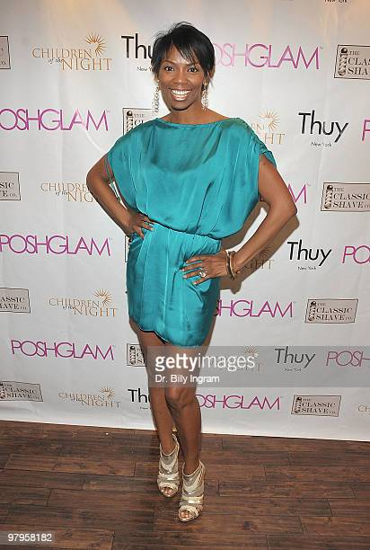 Actress Vanessa Williams attends the POSHGLAMCOM to benefit children of the night at the Celebrity Vault on March 22 2010 in Beverly Hills California