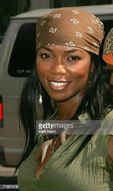 Actress Vanessa Williams attends the premiere of Warner Bros Pictures' 'Ant Bully' at Graumans Chinese theatre on July 23 2006 in Hollywood California
