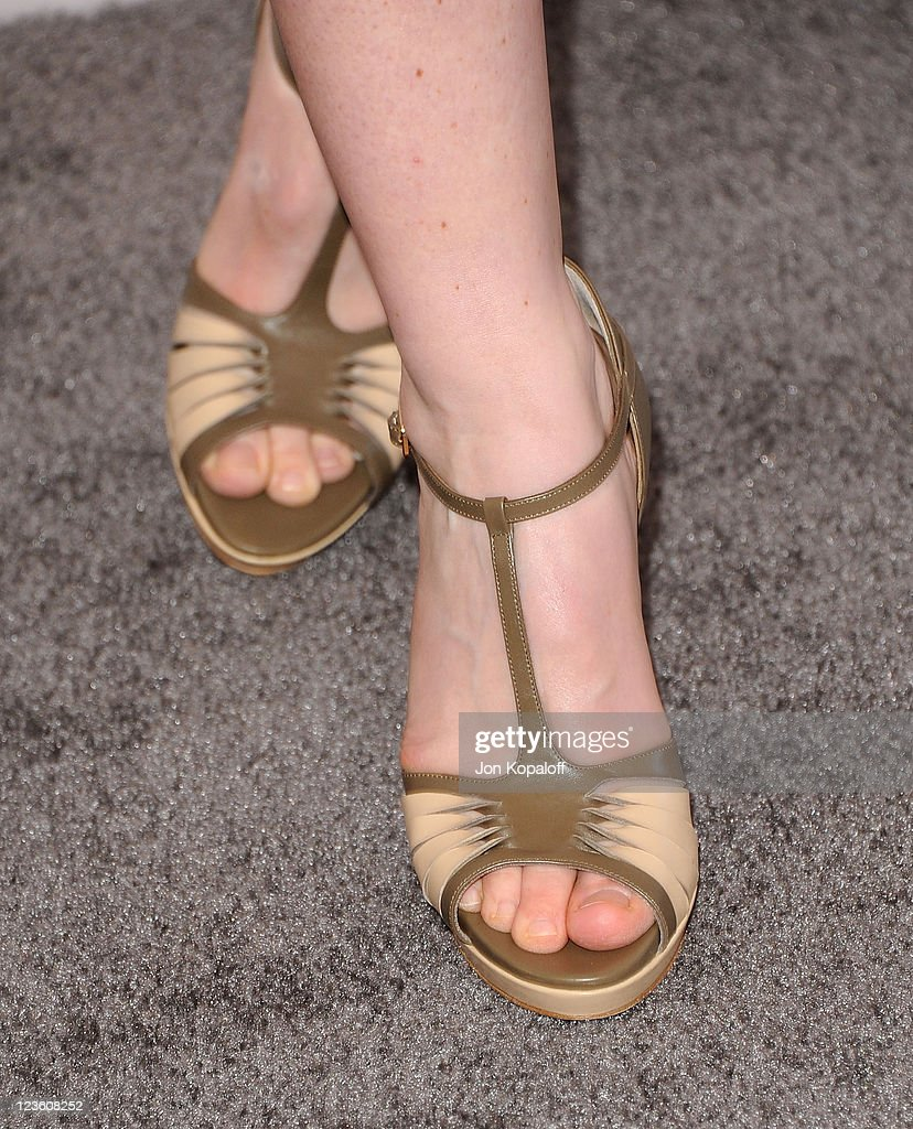 Actress Vera Farmiga arrives at the 2011 Film Independent Spirit Awards held at Santa Monica Beach on February 26, 2011 in Santa Monica, California.