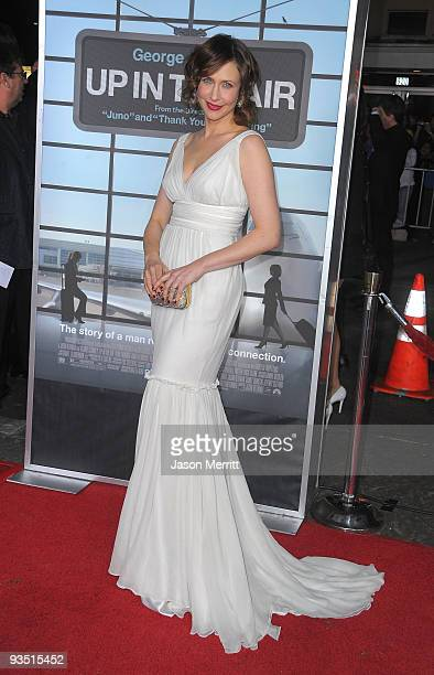 Actress Vera Farmiga arrives at the premiere of Paramount Pictures' 'Up In The Air' held at Mann Village Theatre on November 30, 2009 in Westwood,...