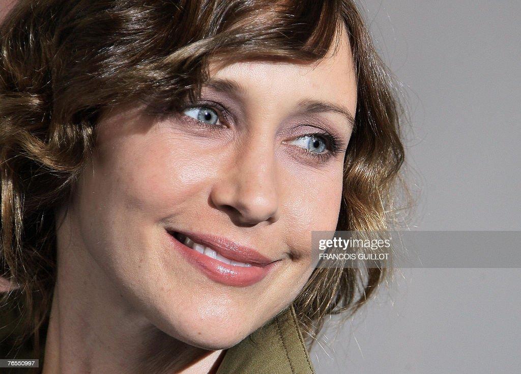 US actress Vera Farmiga poses during a p : News Photo