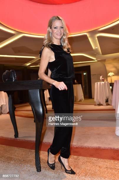 Actress Verena Klein during the Felix Friends Charity Gala at Hotel Vier Jahreszeiten on October 7 2017 in Munich Germany