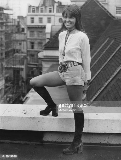 Actress Verna Harvey during a photocall in Sackville Street London 12th August 1971 She plays Flora opposite Marlon Brando in the film 'The...