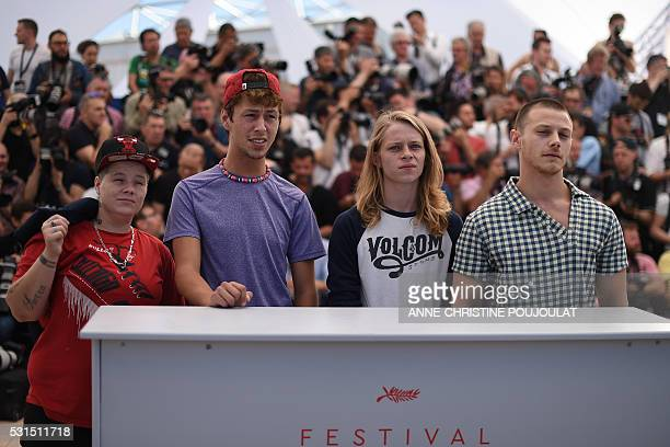 US actress Veronica Ezell US actor Raymond Coalson US actor Isaiah Stone and US actor Mccaul Lombardi pose on May 15 2016 during a photocall for the...