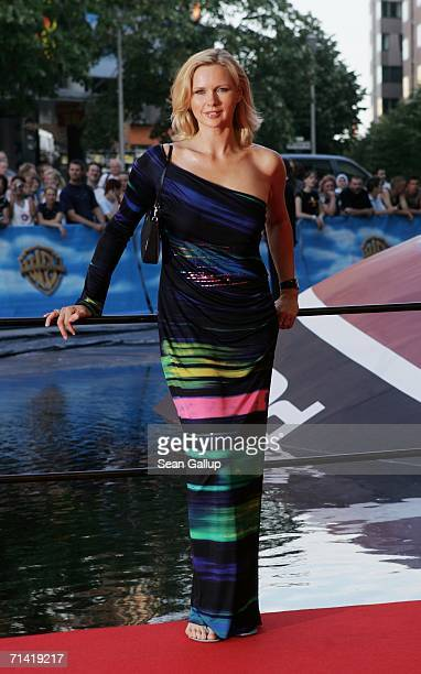 """Actress Veronica Ferres arrives at the German premiere of """"Poseidon"""" July 11, 2006 at the Berlinale Palast in Berlin, Germany."""