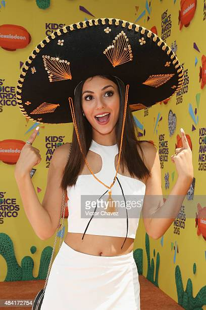Actress Victoria Justice arrives at Nickelodeon Kids' Choice Awards Mexico 2015 Red Carpet at Auditorio Nacional on August 15 2015 in Mexico City...