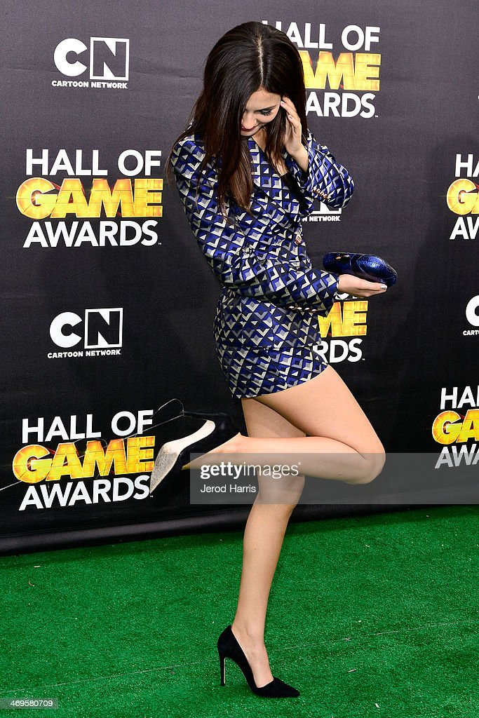 Actress Victoria Justice arrives at the 4th Annual Cartoon Network Hall Of Game Awards at Barker Hangar on February 15, 2014 in Santa Monica, California.