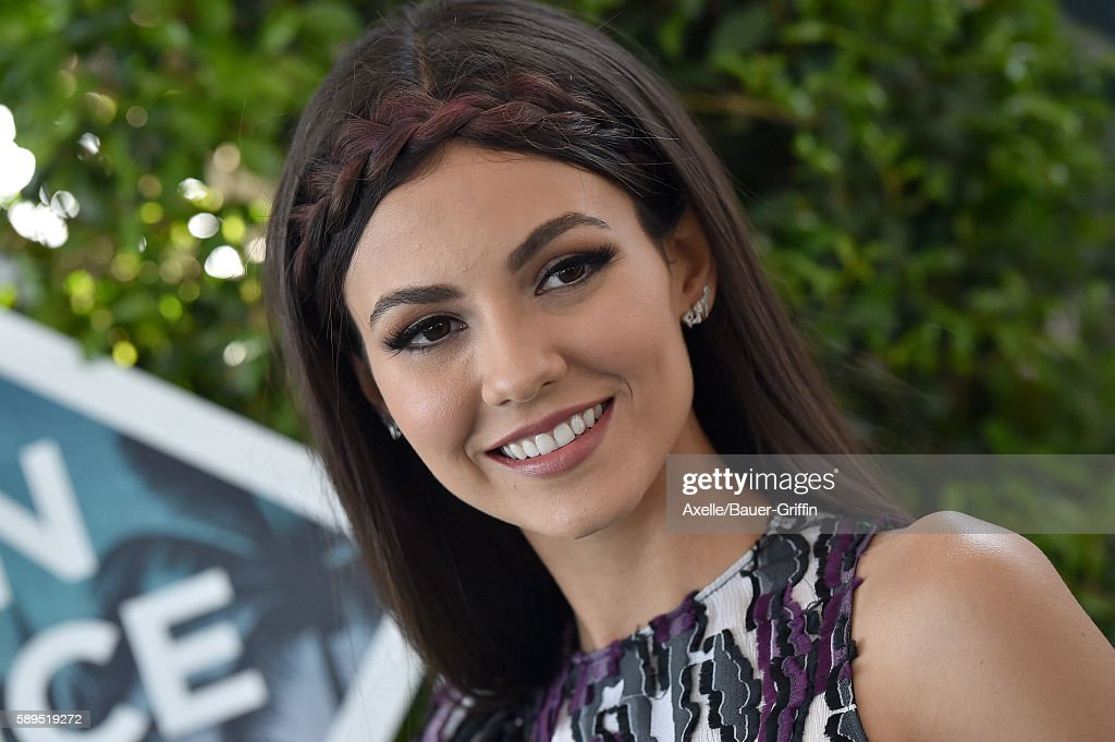 Actress Victoria Justice arrives at the Teen Choice Awards 2016 at The Forum on July 31, 2016 in Inglewood, California.