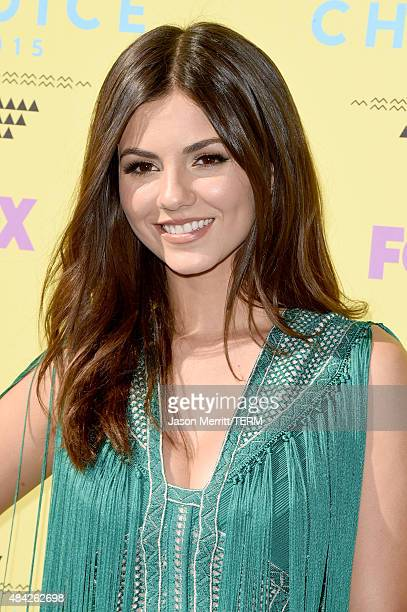 Actress Victoria Justice attends the Teen Choice Awards 2015 at the USC Galen Center on August 16 2015 in Los Angeles California