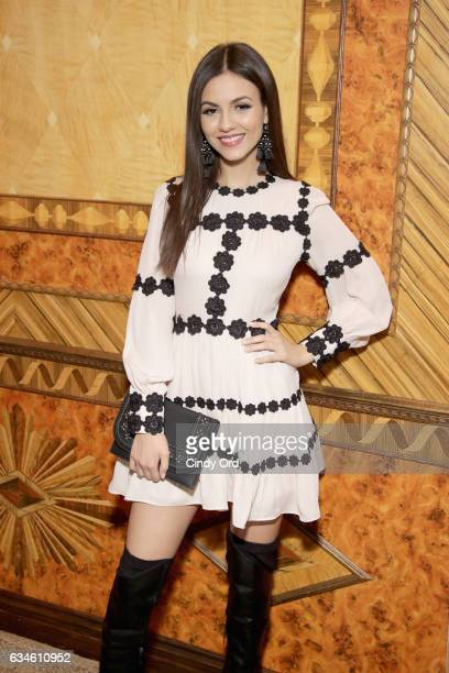 Actress Victoria Justice poses at kate spade new york Spring 2017 Fashion Presentation at Russian Tea Room on February 10 2017 in New York City