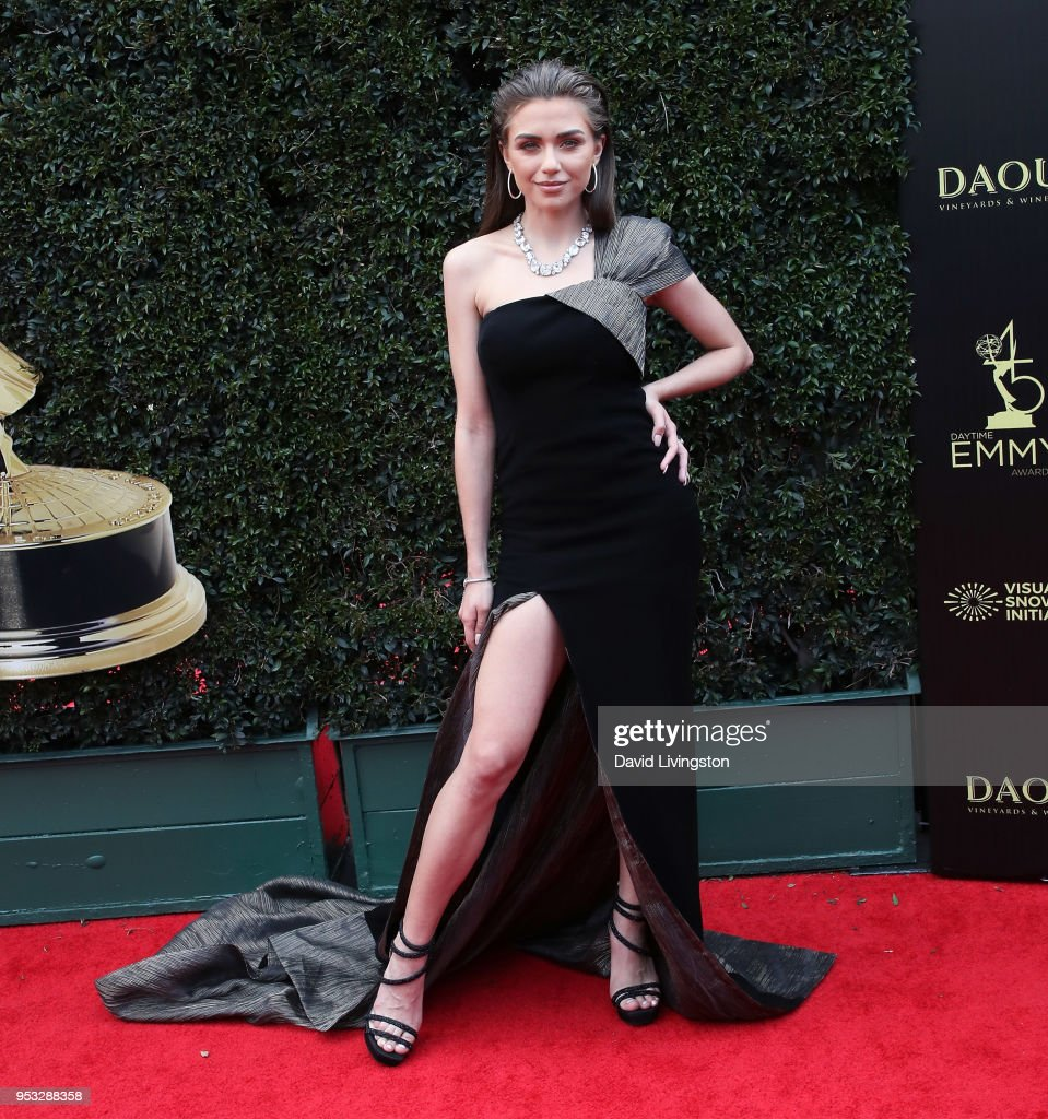 45th Annual Daytime Emmy Awards - Arrivals : Foto jornalística
