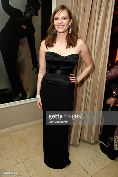 Actress Vinessa Shaw attends the 2009 Vanity Fair Oscar party hosted by Graydon Carter at the Sunset Tower Hotel on February 22, 2009 in West...