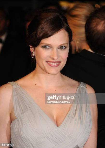 Actress Vinessa Shaw attends the Two Lovers premiere at the Palais des Festivals during the 61st Cannes International Film Festival on May 19 2008 in...