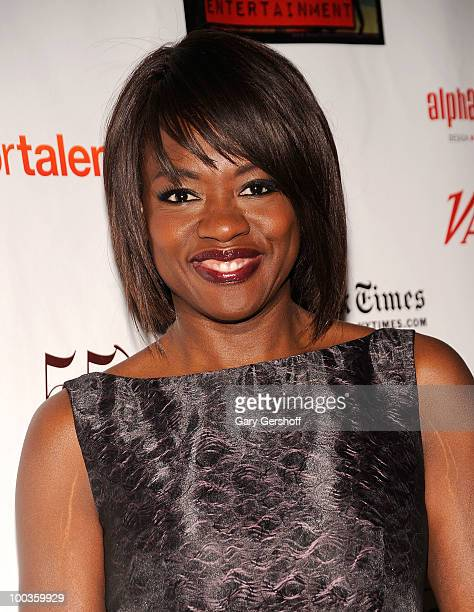 Actress Viola Davis arrives at the 55th Annual Drama Desk Awards at the FH LaGuardia Concert Hall at Lincoln Center on May 23 2010 in New York City