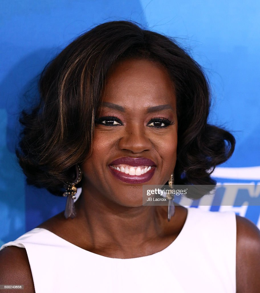Actress Viola Davis attends the WWD And Variety inaugural stylemakers' event at Smashbox Studios on November 19, 2015 in Culver City, California.