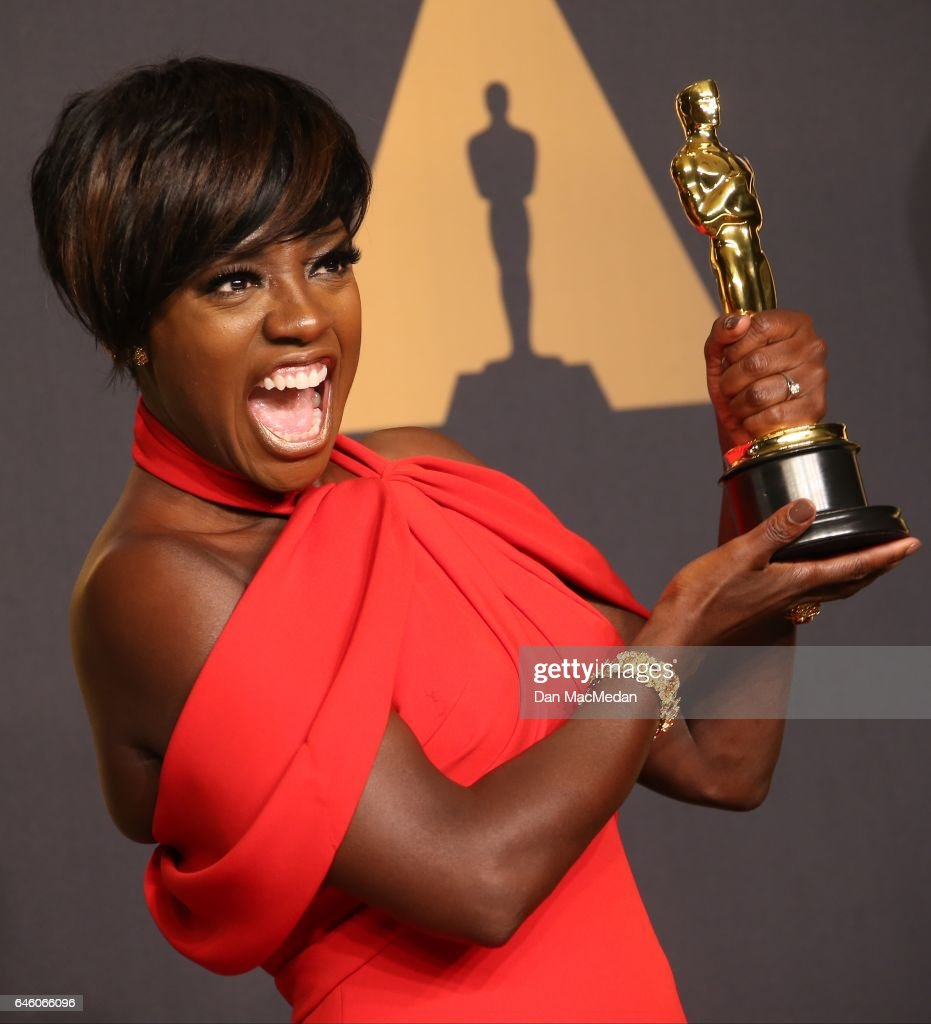 Actress Viola Davis poses in the press room with the Oscar for Best Actress in a Supporting Role for 'Fences' at the 89th Annual Academy Awards at Hollywood & Highland Center on February 26, 2017 in Hollywood, California.