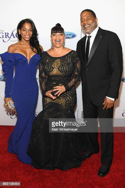 Actress Vivian Nixon Lifetime Achievement Honoree Debbie Allen and Norm Nixon attend the 42nd Annual Gracie Awards at the Beverly Wilshire Hotel on...