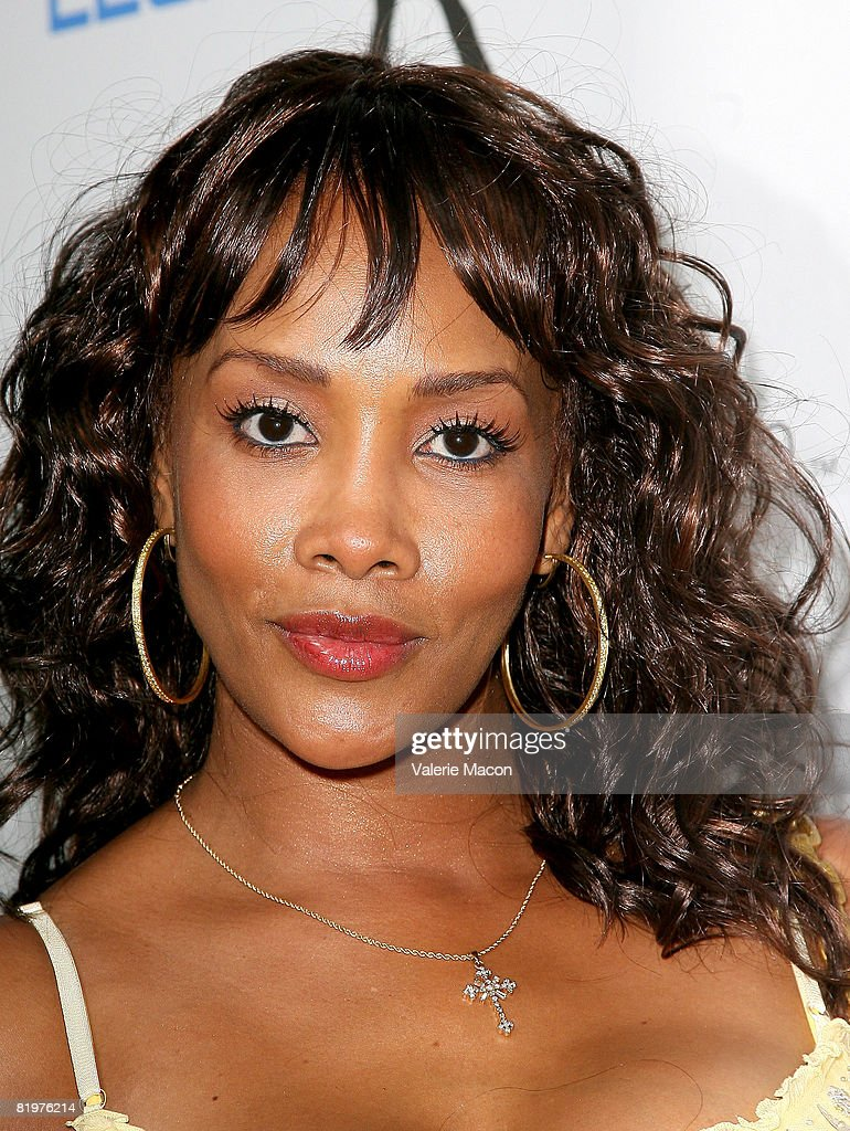 Actress Vivica A. Fox attends the 2nd Annual Celebrity Bowling Night held by Matt Leinard on July 17, 2008 in Hollywood, California.