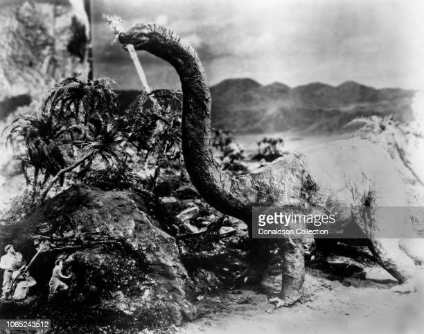 Actress Wallace Beery Bessie Love Wallace Beery Arthur Hoyt and Lewis Stone in a scene from the movie The Lost World