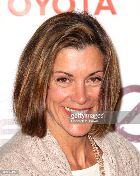 Actress Wendie Malick attends the 20th annual Enviornmental Media Association Awards at Warner Brothers Studios on October 16 2010 in Burbank...
