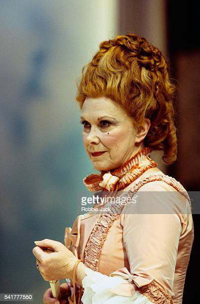 actress wendy craig in the rivals - wendy craig stock pictures, royalty-free photos & images